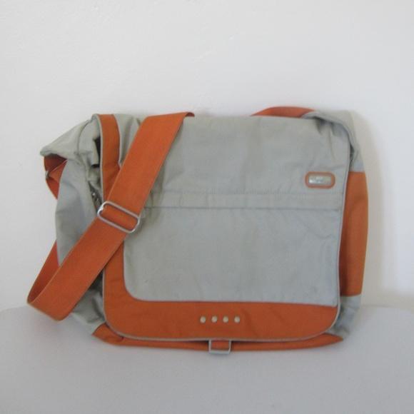 Tumi Other - Tumi T-Tech Crossbody Messenger Laptop Bag